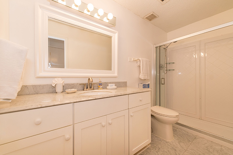 Tri Plex House Bathroom